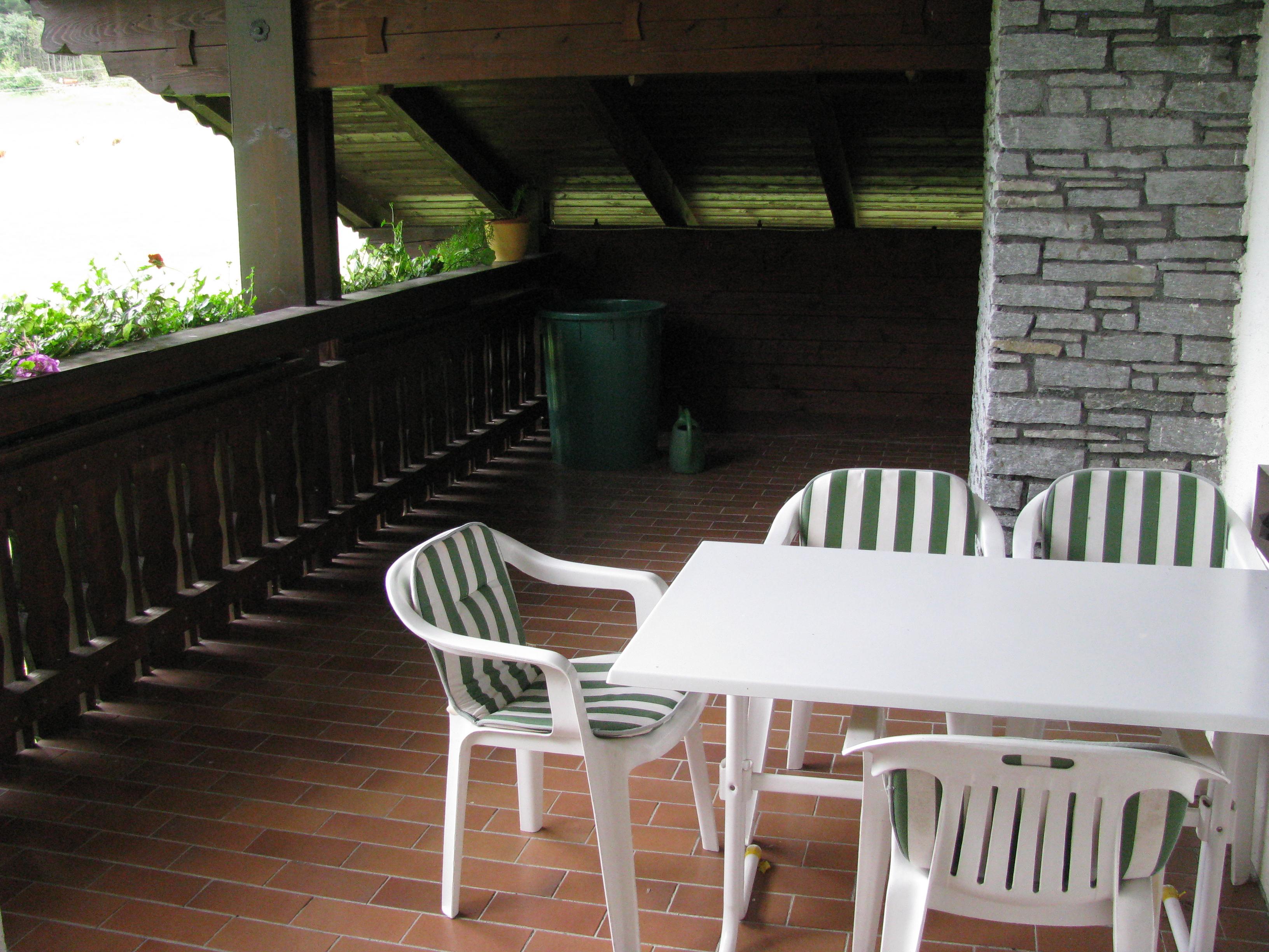 Appartement Balkon Ostseite